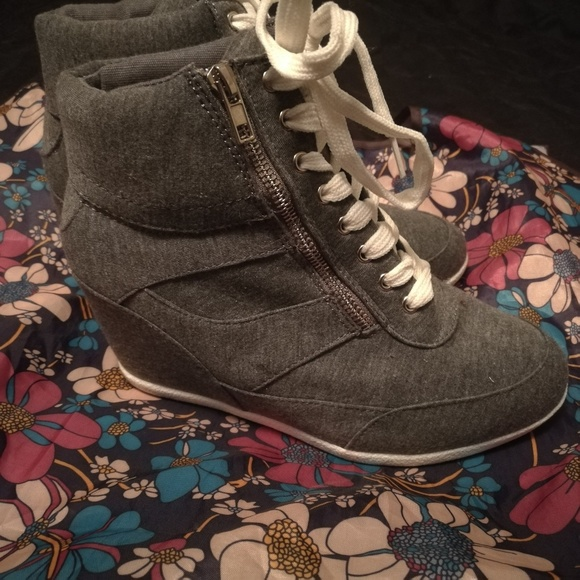 Shoes - High Top Wedges